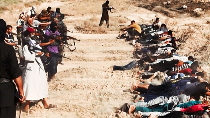 Image by ISIL, showing execution of Iraqi soldiers - showing and celebrating their cruelty